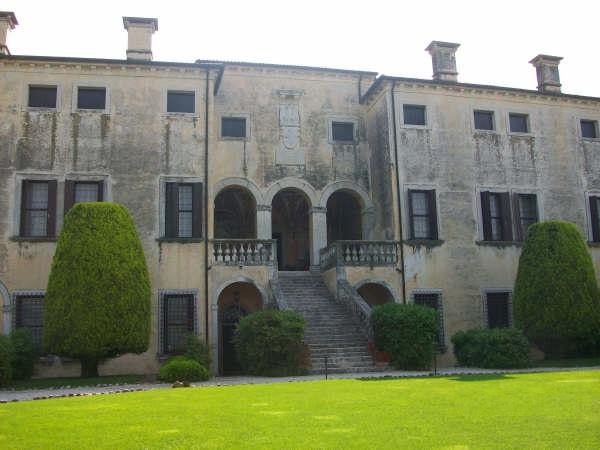 Veneto TourGuide_Villa Godi Malinverni a Lugo VI