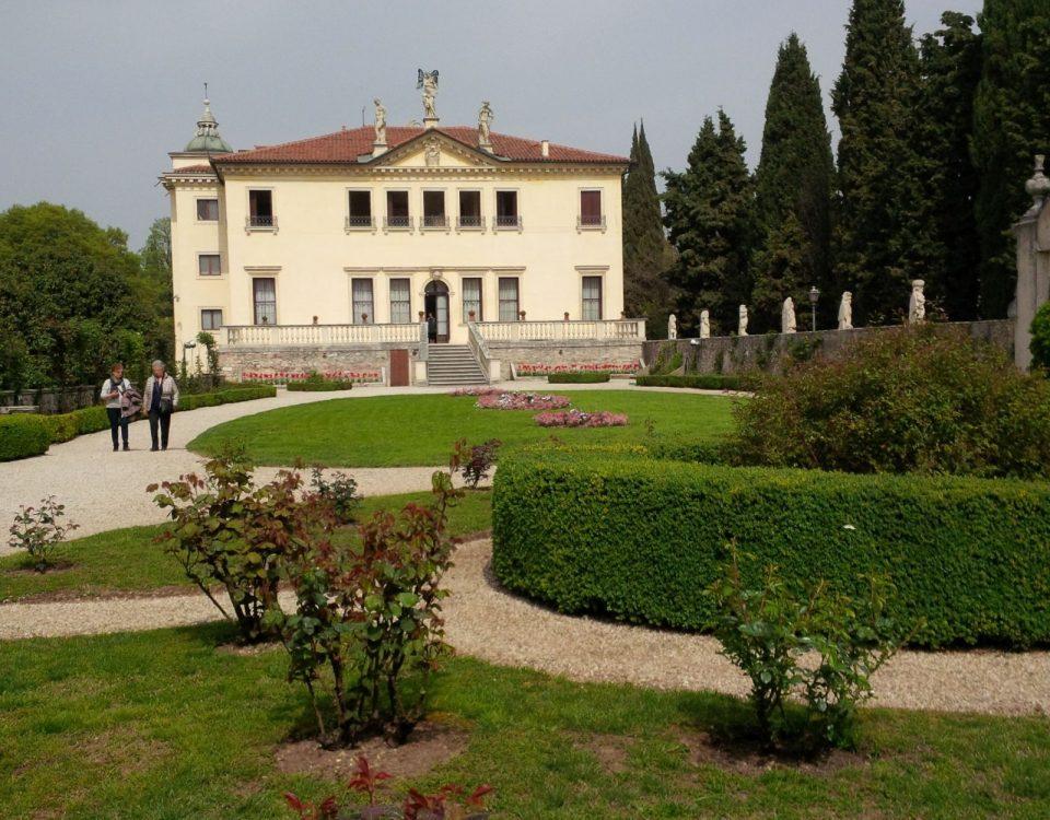 Veneto TourGuide_Villa Valmarana ai nani